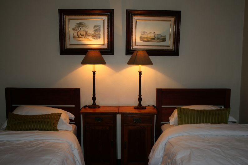 Single bed option in self-catering pool cottage near Rosebank